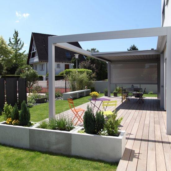 D coration ext rieure d 39 une maison passive en alsace for Decoration exterieure maison